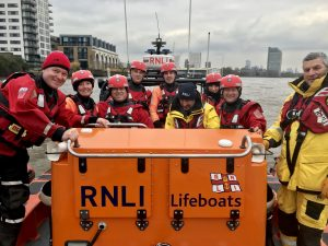 Training with the fire brigade (16/11/2019) @TowerRNLI on Twitter